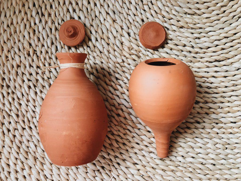 Oya, diffuseur d'eau pour plante en argile