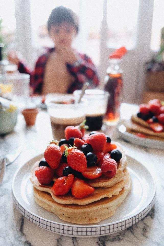 recette simple de pancakes avec fruits rouges